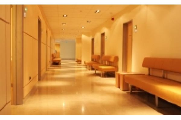 Arcadia Spitale si Centre Medicale - hol.jpg