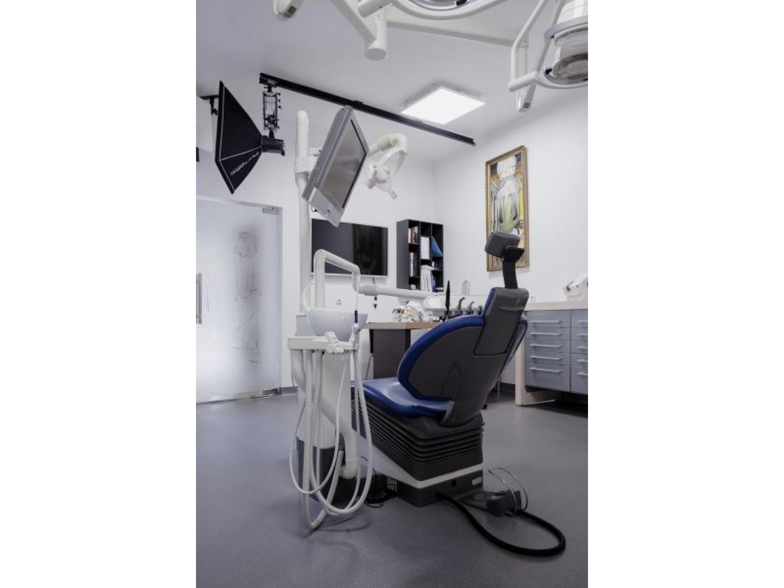 Clinica Dr. Dragus - DSCF7713_A.jpg